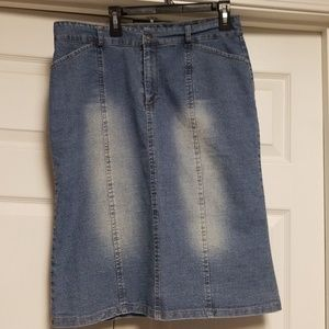 Jean skirt size 10. Stretchy falls just below knee